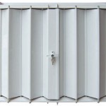 accordion-shutters-1a